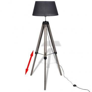 Drewniana lampa podłogowa z czarnym kloszem z materiału