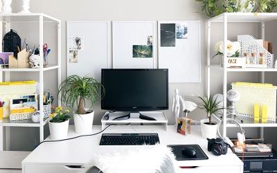 Jak pracować z domu? - praca zdalna, co warto wiedzieć?