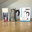 Kawiarka 6TZ Bialetti Musa opakowanie i kawa