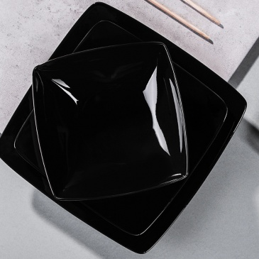Kwadratowy duży talerz Ossola czarny (25cm)