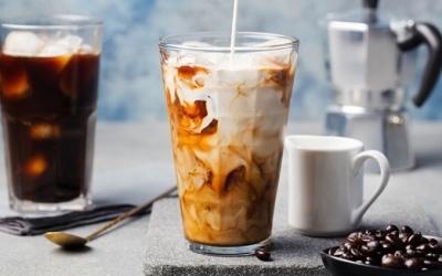 Szklanki termiczne - kawa i herbata ciepłe na dłużej