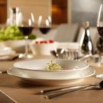 Zestaw obiadowy 15el. z porcelany Bone China Vialli Design Volare